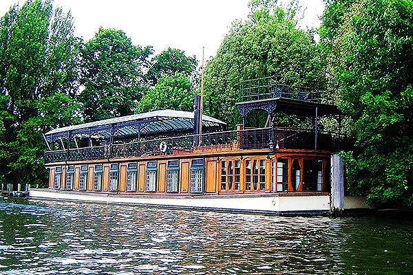 "Houseboat ""Astoria"", built in 1911 for impresario Fred Karno."