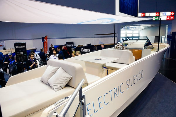 Electric boating was well represented at this year's BOOT show. (photo: Messe Düsseldorf/ctillmann)