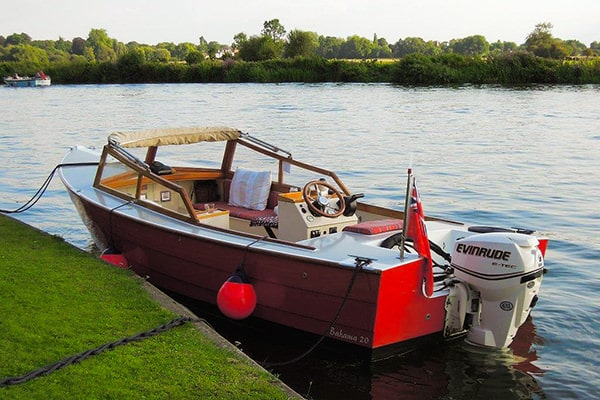 """Le Ketchup"" - our very own Bahama 20' runabout"