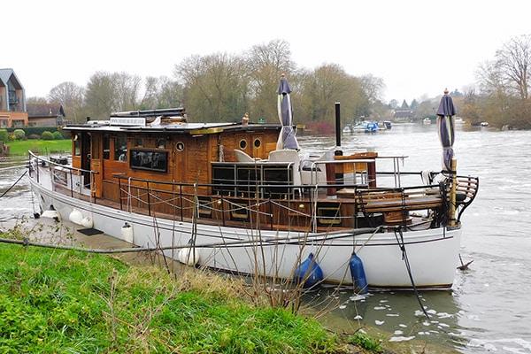 """""""La Falaise"""" - a 58ft Scottish built gentleman's motoryacht"""