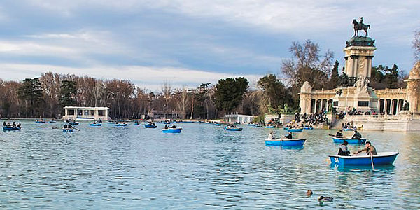 The large lake in El Retiro park, Madrid.