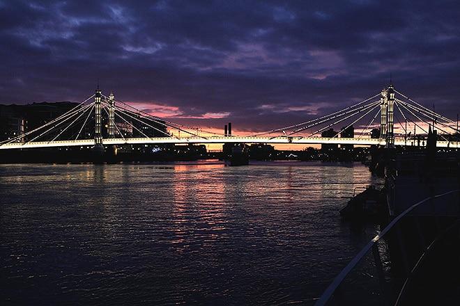 The Albert Bridge by night