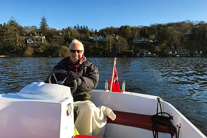 One of our happy customers on a privately owned Ruban Bleu scope on Lake Windermere on Christmas day 2019.