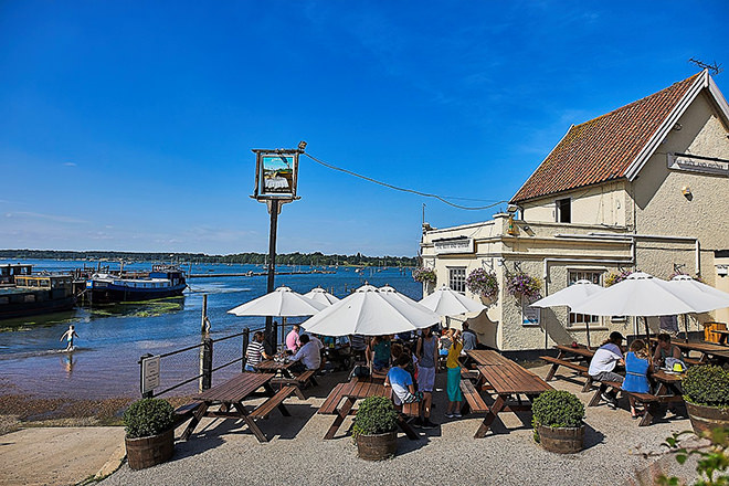 Pin Mill's The Butt & Oyster