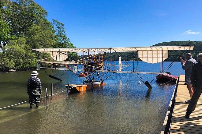 The replica Waterbird
