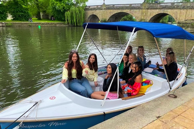 'Les' girls enjoying their PureBoating day-hire outing.