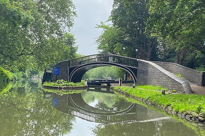 A little bridge over the Oxford canal near Binsey.
