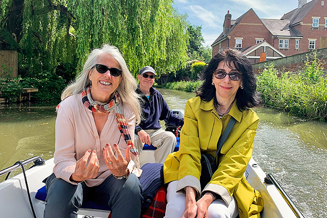 A lovely day out on the river with friends near Oxford.