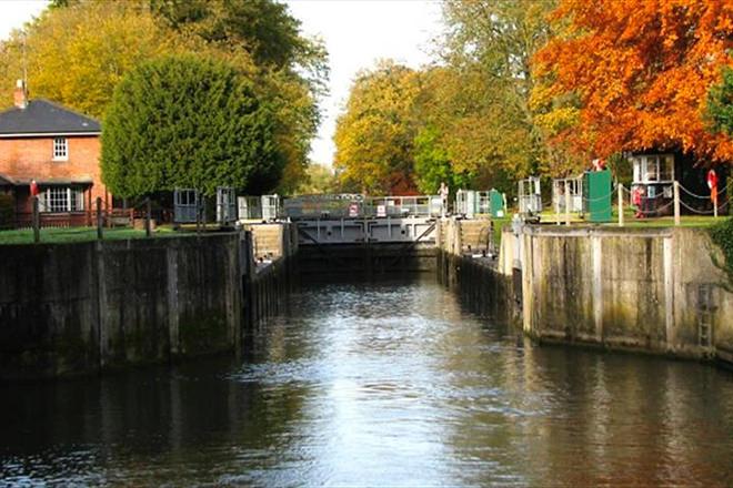 Autumnal lock closures